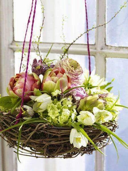 RURAL Port: Spring, Easter wreaths