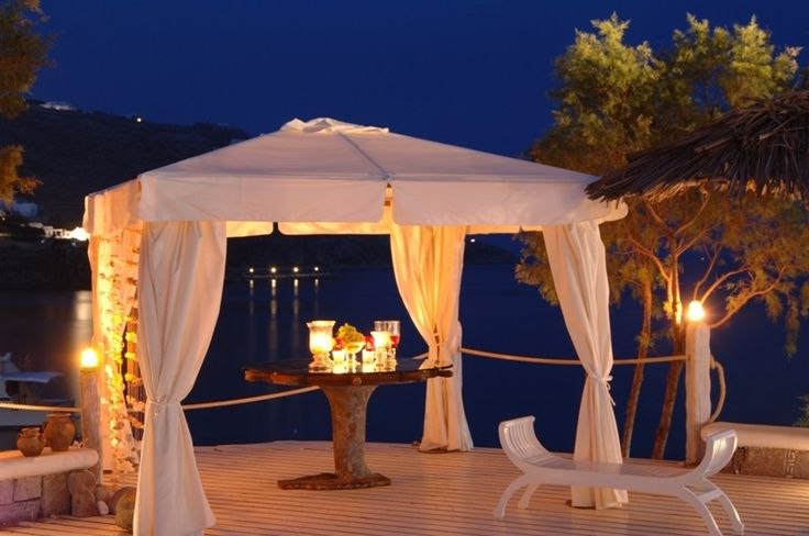 Could there be a better place to rekindle the spark of passion? #KivotosMykonos provides the setting for you to renew your marriage vows… you do the rest! #yachtprince #aegean #mykonos #ornosbay #luxuryhotels #wedding #summer #holidays http://qoo.ly/fizqk