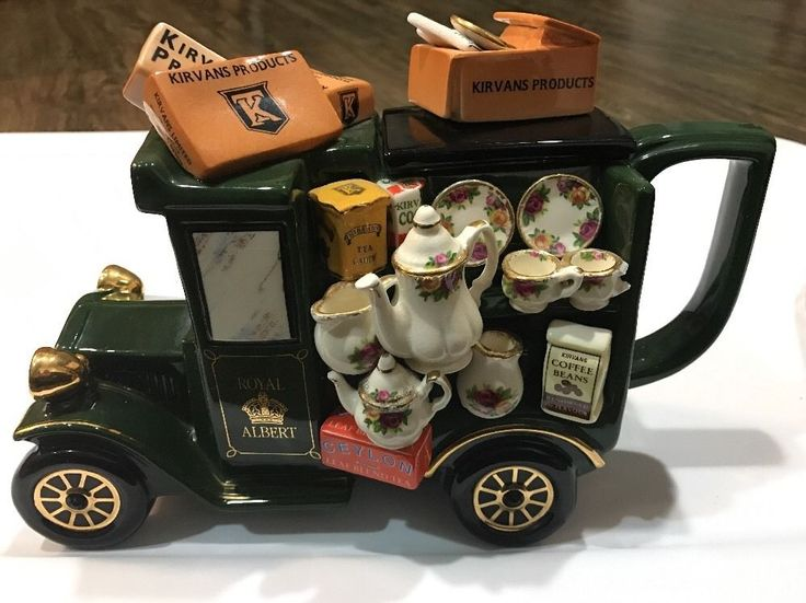 Royal Albert Old Country Roses Delivery Truck Teapot Paul Cardew Design-Unused