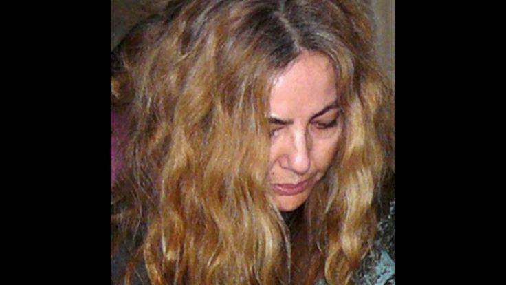 Elena Soto - Métrica de la sumisión