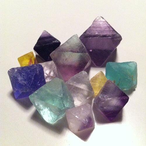 シャリシャリと不思議な食感の食べる宝石【琥珀糖】の作り方⁂ - curet [キュレット] まとめ
