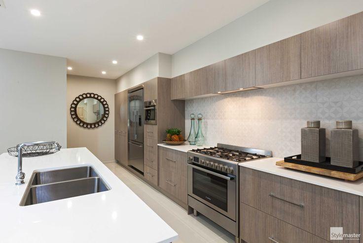 The Salerno kitchen by Stylemaster Homes. #homebuilder #kitchendesign #kitcheninspo #interiordesign #design #displayhome #brisbane #brisbanebuilder #sunshinecoastbuilder #goldcoastbuilder