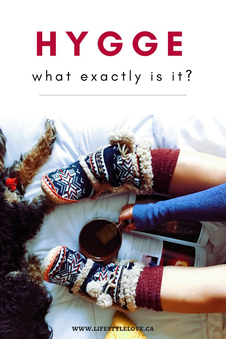 What IS Hygge? That word has been floating around social media a lot lately. But what does it actually mean? Learn more about this Danish word. #hygge #cozy #contentment #peace #warmth #selfcare