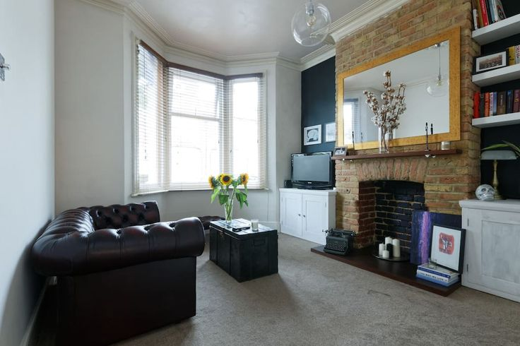 Airbnb entire flat in London. Fully furnished spacious ground floor with private garden in a Victorian house. Close to shops + amenities and in a walking distance to the Queen Elizabeth Olympic Park, Westfield Shopping Centre, Stratford tube & rail stations.