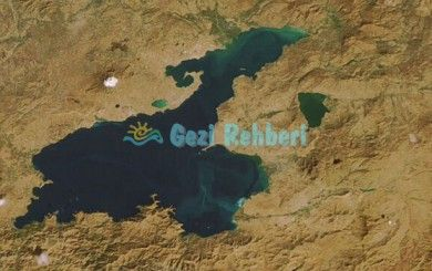 Van Lake in Turkey http://www.gezi-rehberi.com/van-golu-ve-kisa-tarihcesi.html