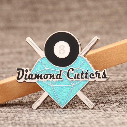 Many customers who customize the lapel pins know that we are