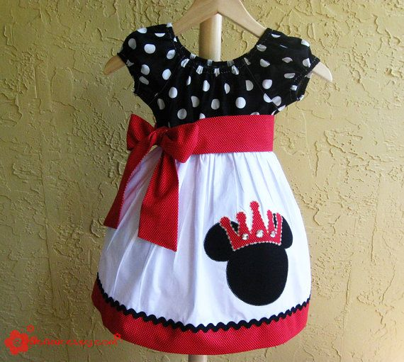 Minnie Mouse dress - MouseTalesTravel.com