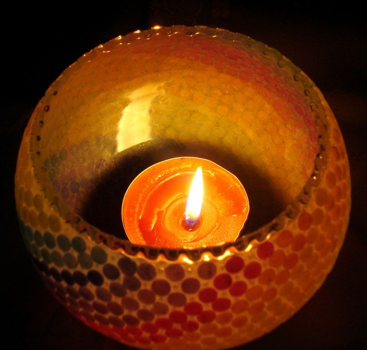 https://flic.kr/p/BveQvG | Dot candle holder