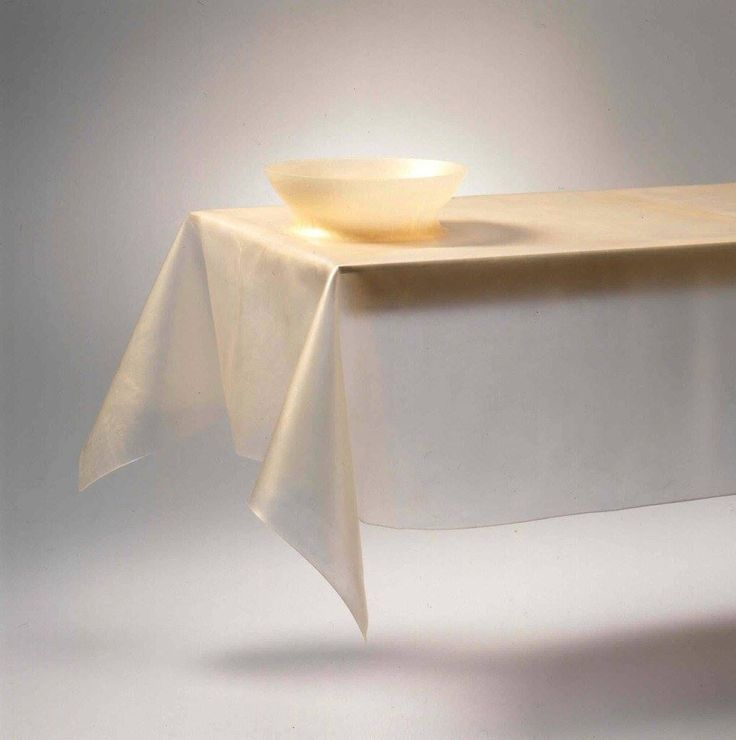 tablecloth with bowl-gold-polyutherane-by (saar)˚