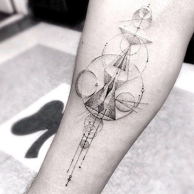 Feine Geometrie: Artworks von Hollywoods beliebtestem Tattookünstler | KlonBlog