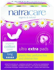 τα Natracare που είναι με φυσικές πρώτες ύλες και καθαρό βιολογικό βαμβάκι.