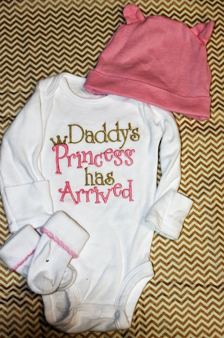 Baby Girl Clothes embroidered with Daddy's Princess has Arrived, pink and gold newborn bodysuit, bringing home baby outfit by BabyEmbellishments on Etsy