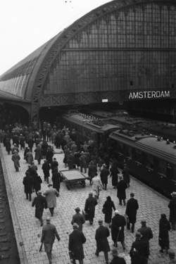 foto centraal station amsterdam - Google zoeken