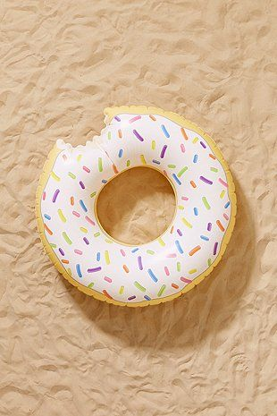UO Exclusive Donut Pool Float