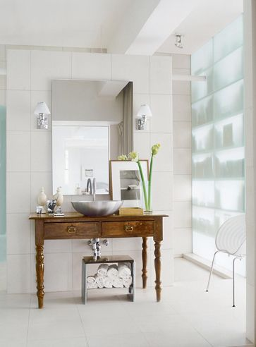 P | Antique With Modern   Vicente Wolf Bathroom With Sandblasted Glass Wall  Www.