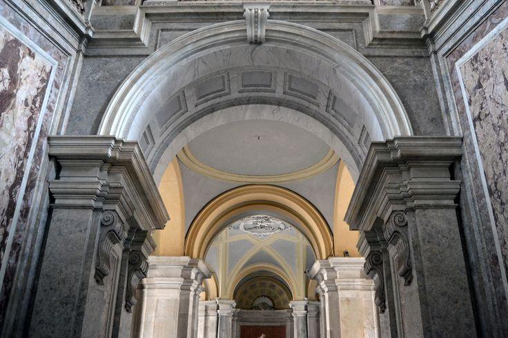 Archi // Reggia di Caserta // 18 mm #nikon