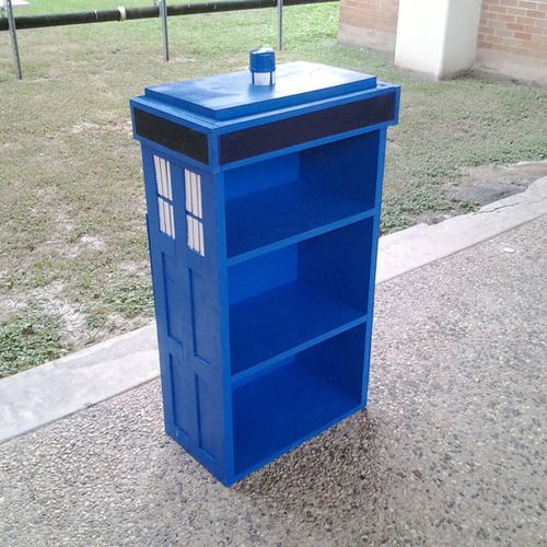 Old bookshelf into Tardis. I have some crappy cheap bookshelves that could