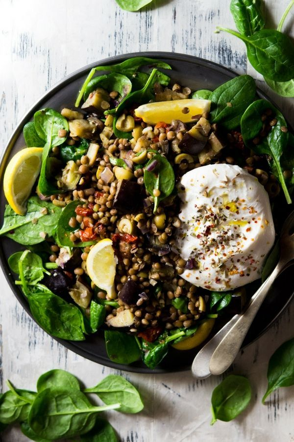 The BEST Lentil Salad with eggplant and burrata. So easy to make and ready in just 10 minutes. This Mediterranean lentil salad recipe is bursting with flavour, great for quick dinners or lunches. #Italianfood #salads #comfortfood #healthyrecipes