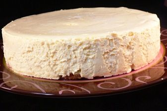 Light-as-Air Banana Cheesecake (low fat and gluten-free)
