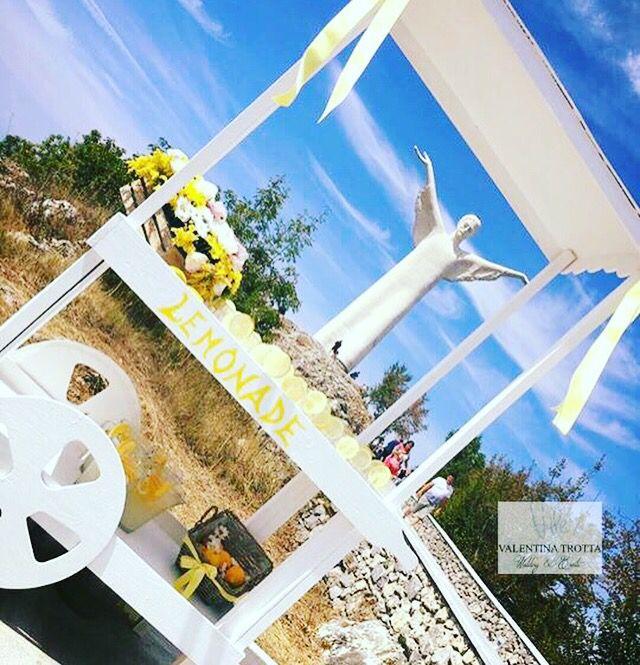 Lemonade Il carretto personalizzato, per offrire una fresca limonata a tutti gli ospiti
