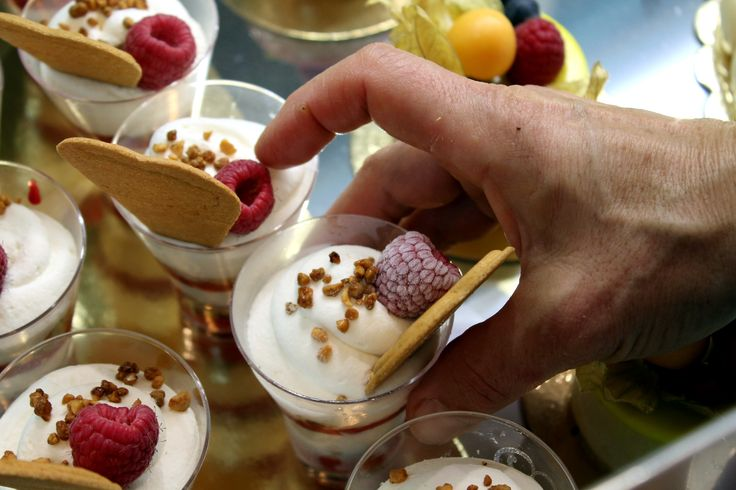 Babbi desserts with cream, raspberries, pistachio granule and Wafers  #ilovebabbi #babbi #wafer #milkcream #cream #raspberry #fruits #frutta #sweet #hand #artisan #coldpastry #pastry #pasticceria