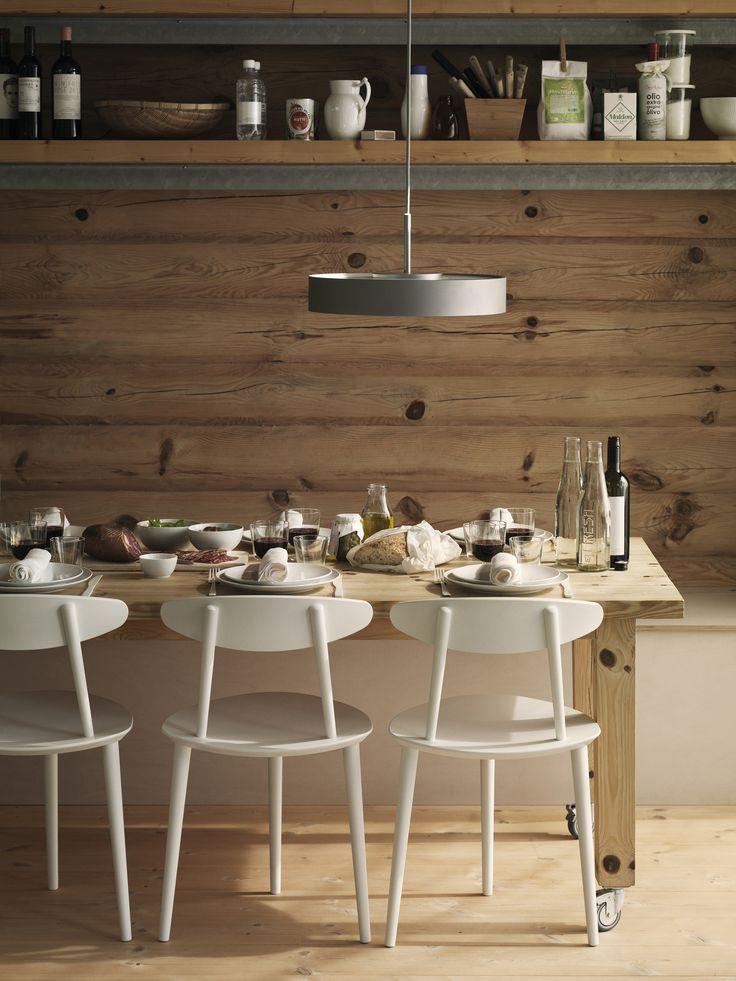 Modern Scandinavian dinnertable with White Fluted