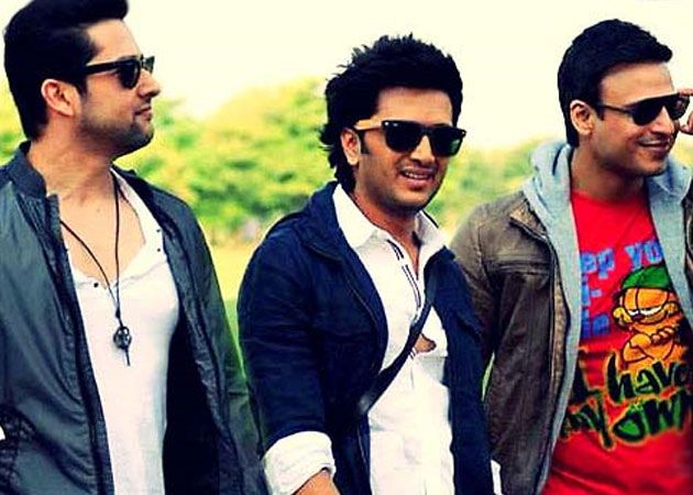Grand Masti earns Rs 26 crores in first two days http://ndtv.in/169dOsG