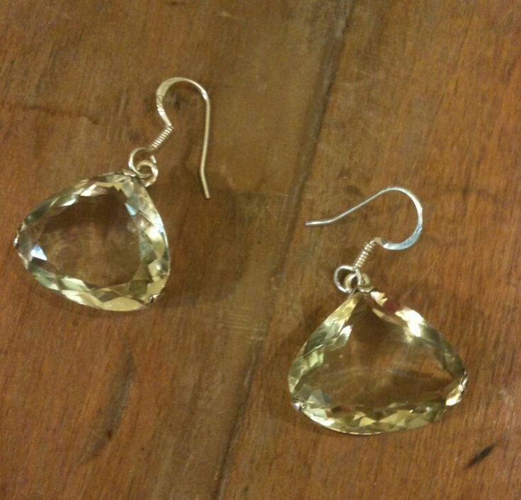 Green Ametist üçgen kesim, A kalite küpe modelimiz  #greenamethyst #gem #gemstone #gems #gemstones #jewelrydesign #jewelry #küpe #kupe #earring #earrings #taki #takı #takitasarim #takıtasarım #gümüş #gumus #silver #925k #silverjewelry