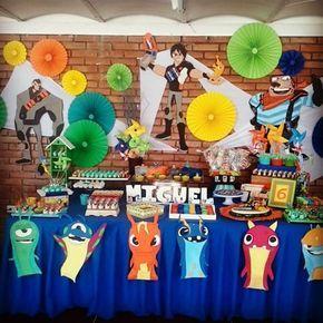 Mesa principal Bajo Terra #sweet #slugterra #bajoterra #party #partycenter #dulces #cumpleaños #birthdayboy