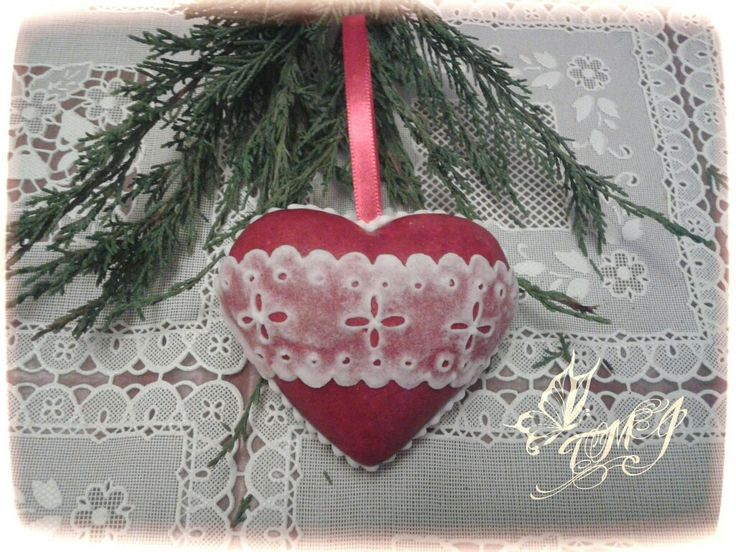 3d lacy heart by TMJcreative.
