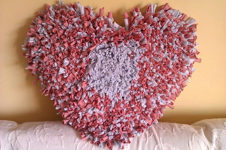 Corazón pastel   Colores: tiza y rosa  Medidas: 66cm x 49cm  Precio: 39,00 € - Más gastos de envío fuera del área de Barcelona.