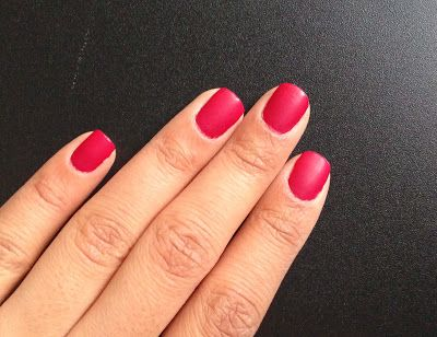 AN EDGE TO BEAUTY: Matte Nails
