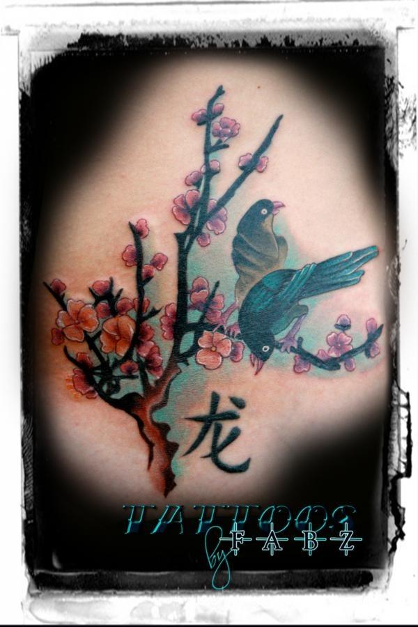 1000 bilder zu cherry blossom tattoos auf pinterest kirschbl ten bl ten und v gel. Black Bedroom Furniture Sets. Home Design Ideas