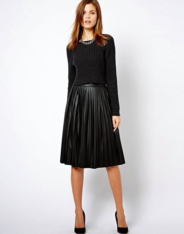 443932c3b Storehouse of Memory: It's Trendy: Midi Skirts | Negros en 2019 ...
