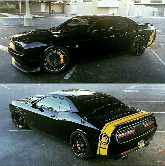 Flying High Dodge Challenger Srt8: 1000+ Ideas About Dodge Challenger Hellcat On Pinterest
