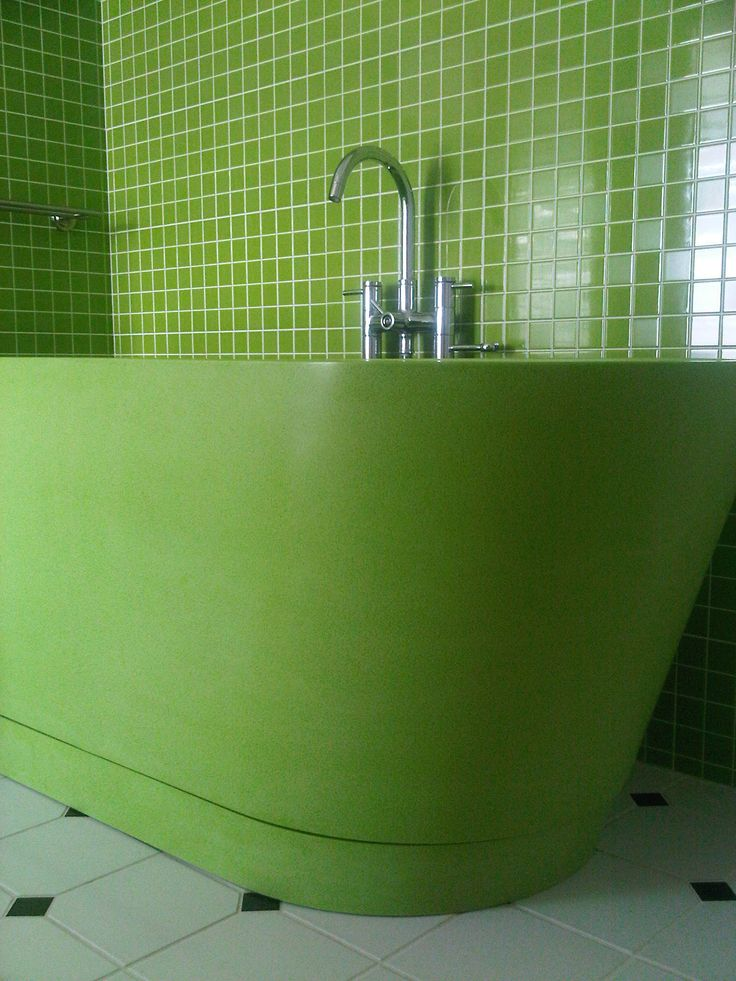 Durat color #810 Soikko Tub with color matched mosaic tile