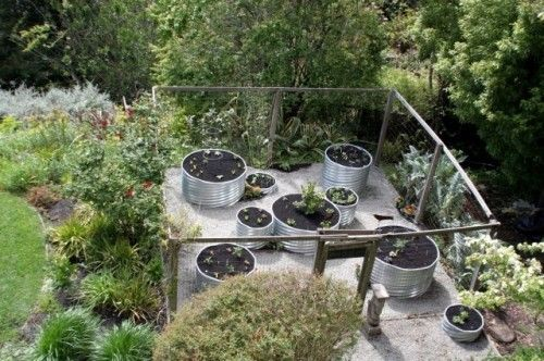 Raised beds - metal culvert pipe is a great alternative to traditional wooden and square garden beds.
