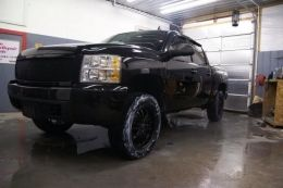 2007 Chevrolet Silverado by Chop http://www.chevybuilds.net/2007-chevrolet-silverado-build-by-chop