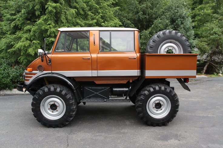 Unimog Trucks for Sale | Spotted: 1974 Unimog 406 Doka For Sale