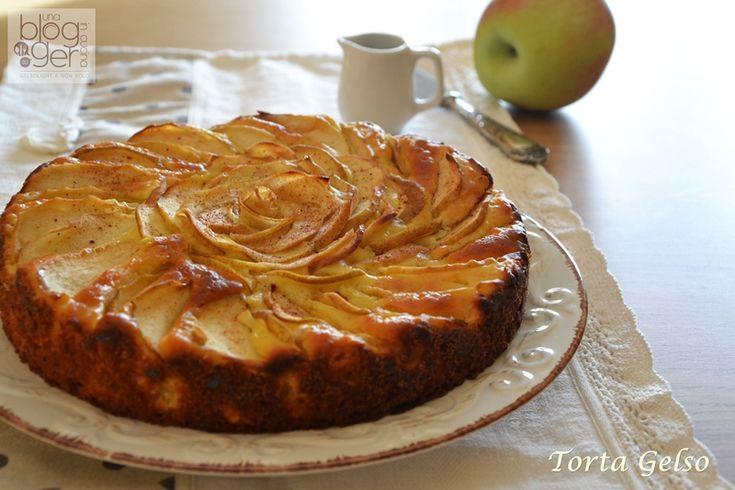 Torta Gelso, una torta semplice senza burro e senza olio, con mele e ricotta nell'impasto, per un risultato dolce ma non troppo e umido, per colazione.