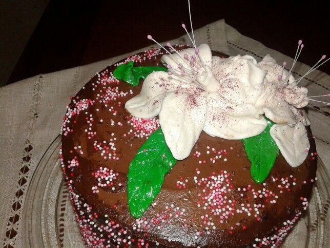 Tarta de xocolate i flors de pasta de sucre