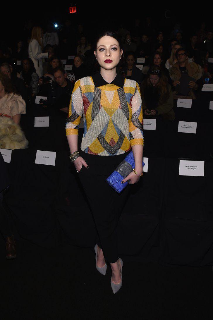 Pin for Later: Les Stars Sont au premier Rang Pour la Fashion Week de New York Michelle Trachtenberg Au défilé Naeem Khan.