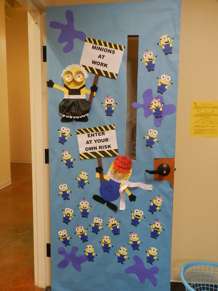 Classroom Window Decor : Minion classroom door decoration decorations