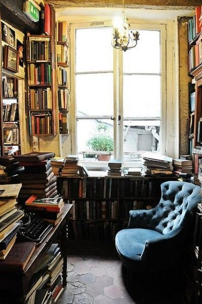 Ev k t phanesi21 knihy books das buch pinterest for Literatur innenarchitektur