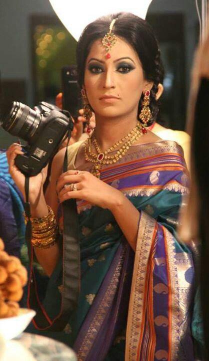 Ishrat Amin - beautiful in a silk saree