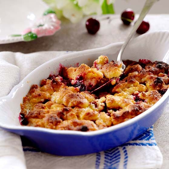 Kirsebærtærte -http://www.dansukker.dk/dk/opskrifter/kirsebaertaerte.aspx #dansukker #opskrifter #pie #tærte #lækkert #kage #kirsebær #cherry #inspiration #spis #eat #mad #food #snack
