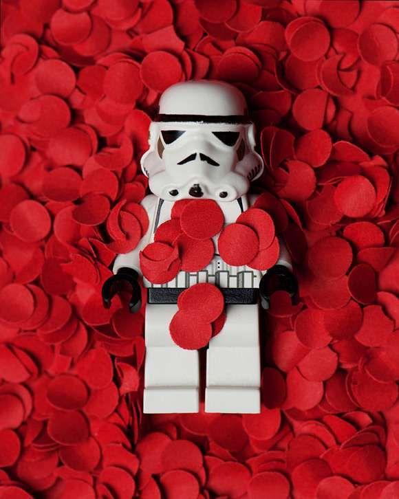 Mike Stimpson Creates Fun Pics With Star Wars Toys #lego #toys