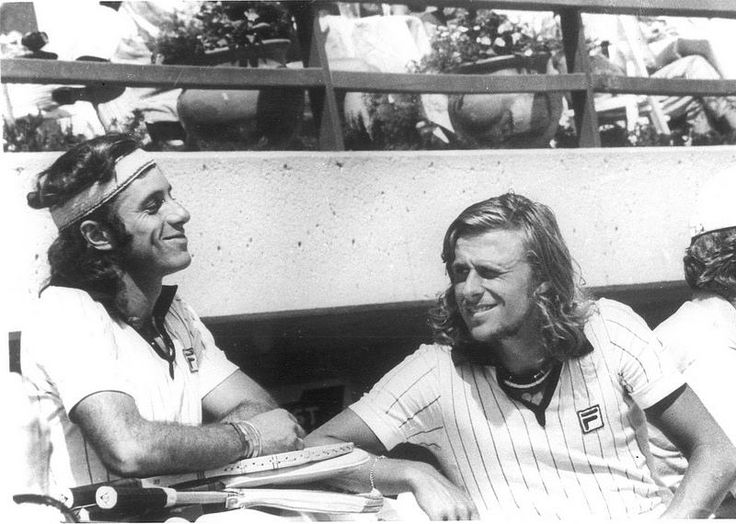 "Guillermo Vilas & Björn Borg #vintagetennis #guillermovilas #guillermo #vilas #björnborg #Björn  #borg #fila |||| Buy today's FILA Apparel @ [<a href=""http://www.tenniswarehouse-europe.com/catpage-MAFILA.html?lang=en&vat=GR&from=tnewsgr"" target=""_blank"">link</a>]"