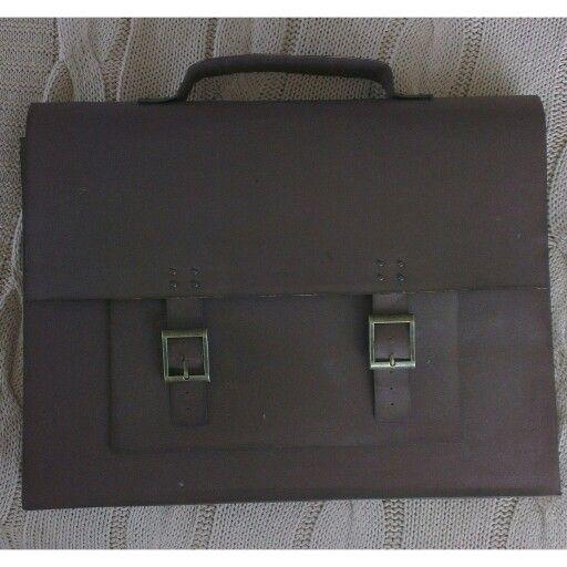 Taske, lavet i karton til PC kort.