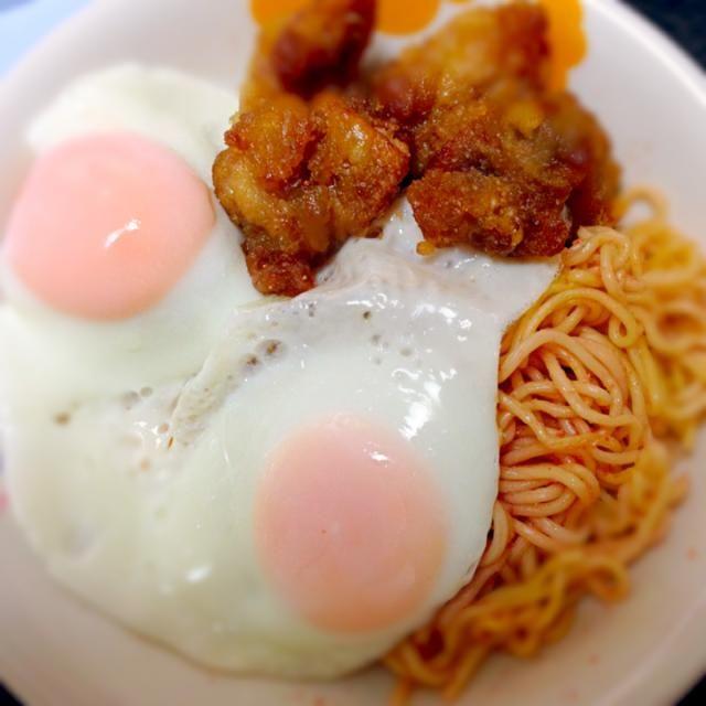 おはよう☆ - 15件のもぐもぐ - たらこ焼きそば、若鶏唐揚げ、目玉焼きの組合せ by kimurasakura